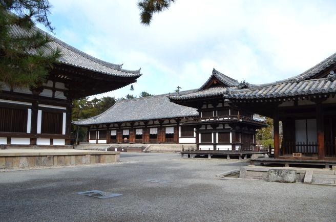 140209 2303W toshodaiji temple.jpg