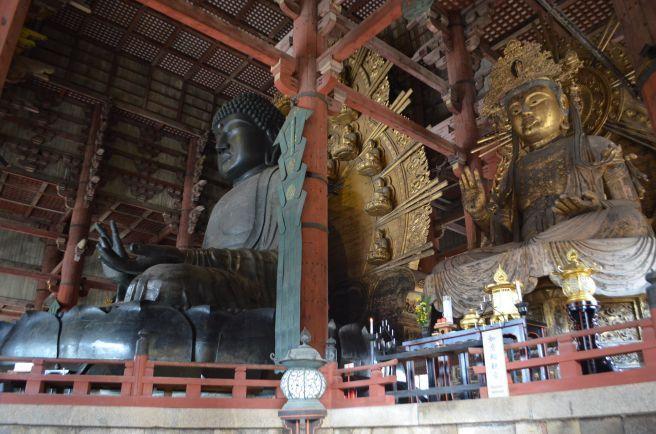 140210 3121W todaiji temple.jpg