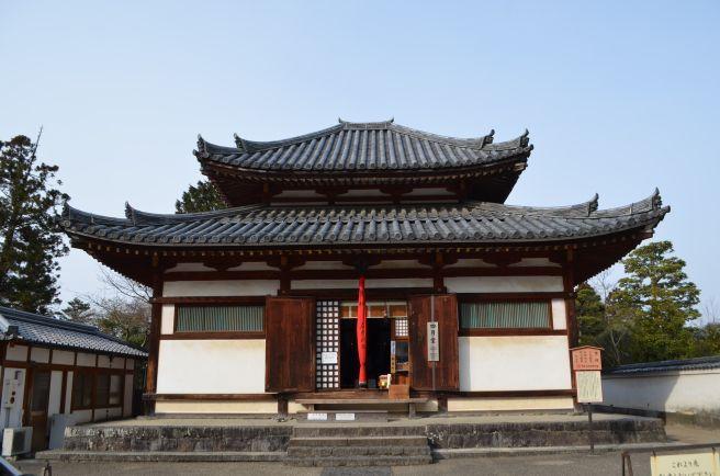 140210 3241W todaiji shigatsudo.jpg